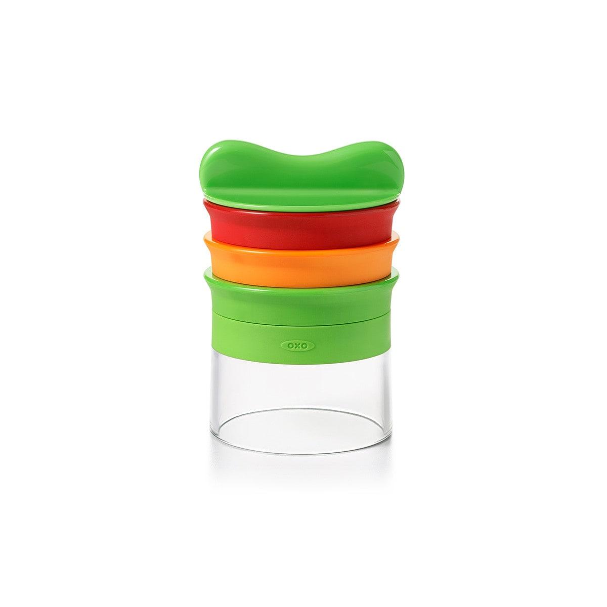 Oxo Spiralschneider mit drei unterschiedlichen Klingenaufsätzen aus Plastik grün, orange und rot